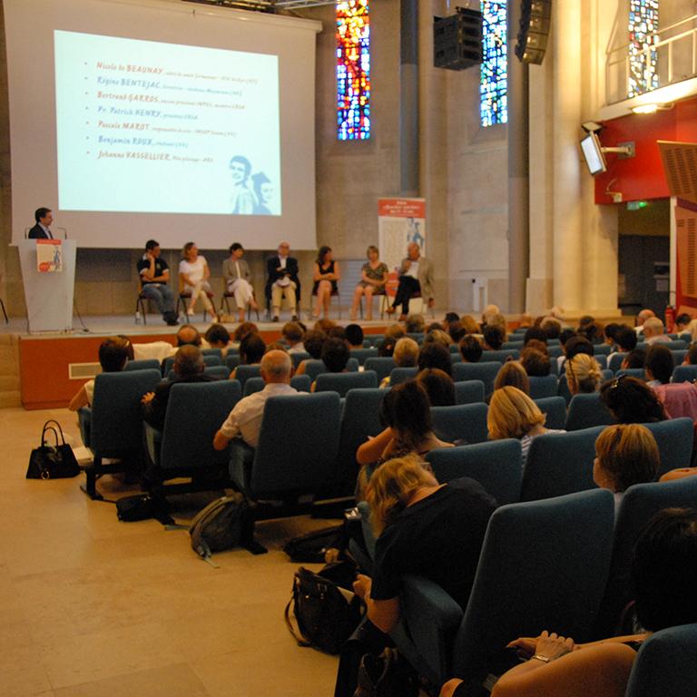 Débat régional sur le bien-être/mal-être des 15-25 ans - Agence Concertation Francom